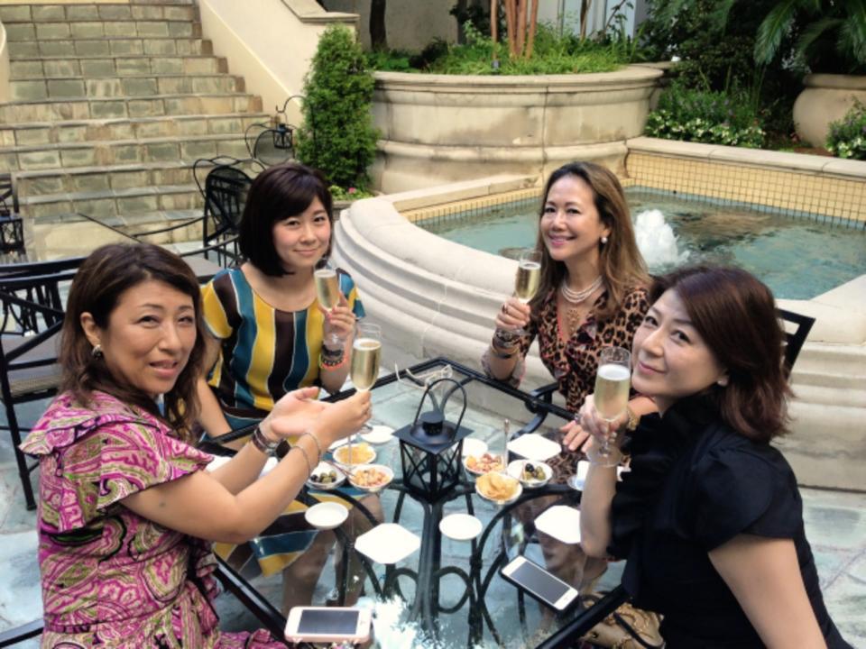 麗しいマダムたちとゴージャスシャンパンナイト@リッツ・カールトン大阪_f0215324_11535698.jpg