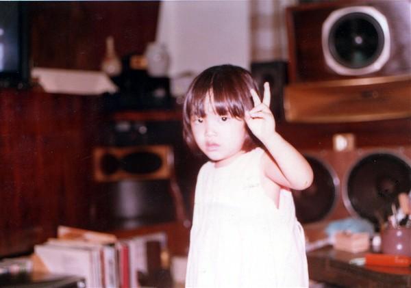 我が娘も今日で30歳_e0166355_0461035.jpg