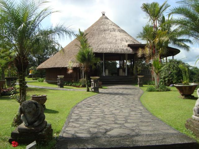 バリ島へ行く。② ~バグースジャティというホテル~_f0232060_1203524.jpg