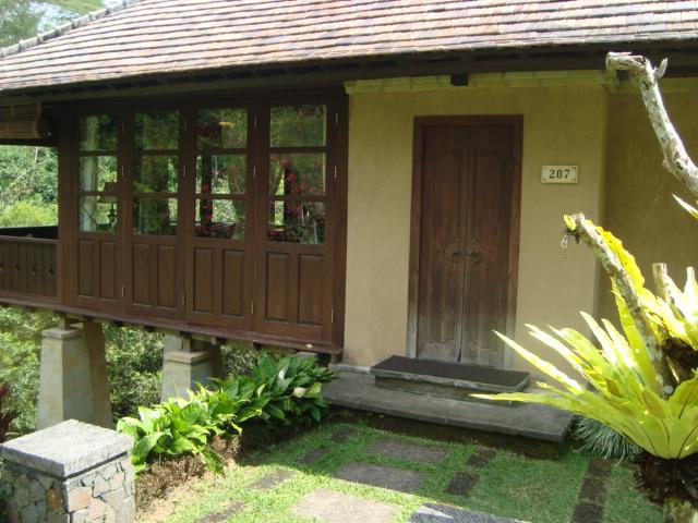 バリ島へ行く。② ~バグースジャティというホテル~_f0232060_1275463.jpg