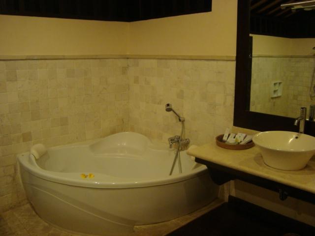 バリ島へ行く。② ~バグースジャティというホテル~_f0232060_1444045.jpg