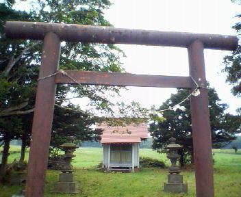 道道46号江別恵庭線と(志文別)神社_f0078286_10444456.jpg