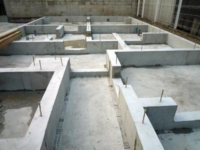 建てる前に掘る_a0148909_10354585.jpg