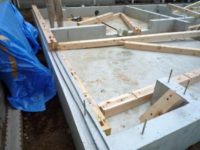 建てる前に掘る_a0148909_10401219.jpg