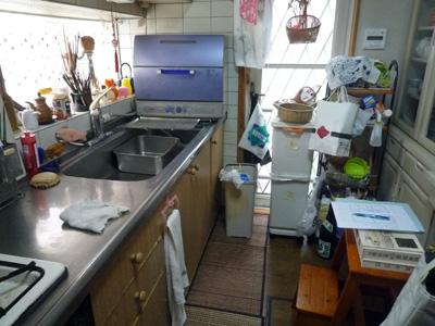 キッチンの移動と新設を_a0148909_1053285.jpg