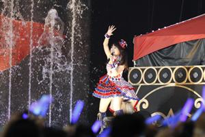 """水樹奈々の西武ドームライブにシークレットゲストで""""日笠陽子""""""""T.M.Revolution""""が登場!!_e0025035_10214821.jpg"""