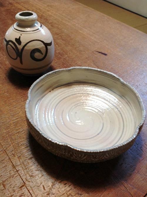 韓国 金海窯 新入荷しました。_b0153663_1635271.jpg