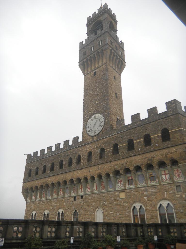 イタリア紀行  その3   フィレンツエ から サン・ ジミニャーノ_c0195496_17571775.jpg