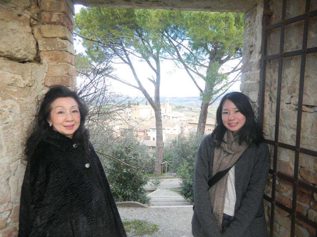 イタリア紀行  その3   フィレンツエ から サン・ ジミニャーノ_c0195496_1882911.jpg