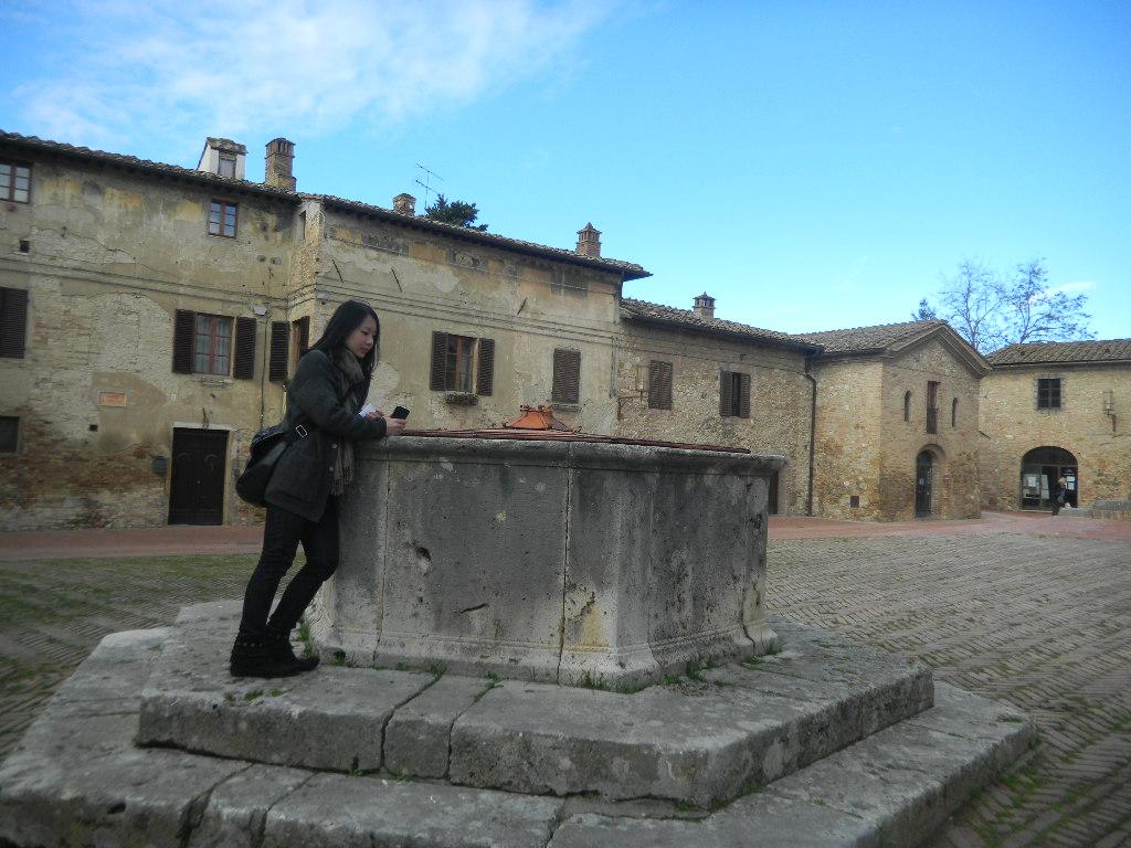 イタリア紀行  その3   フィレンツエ から サン・ ジミニャーノ_c0195496_1894835.jpg
