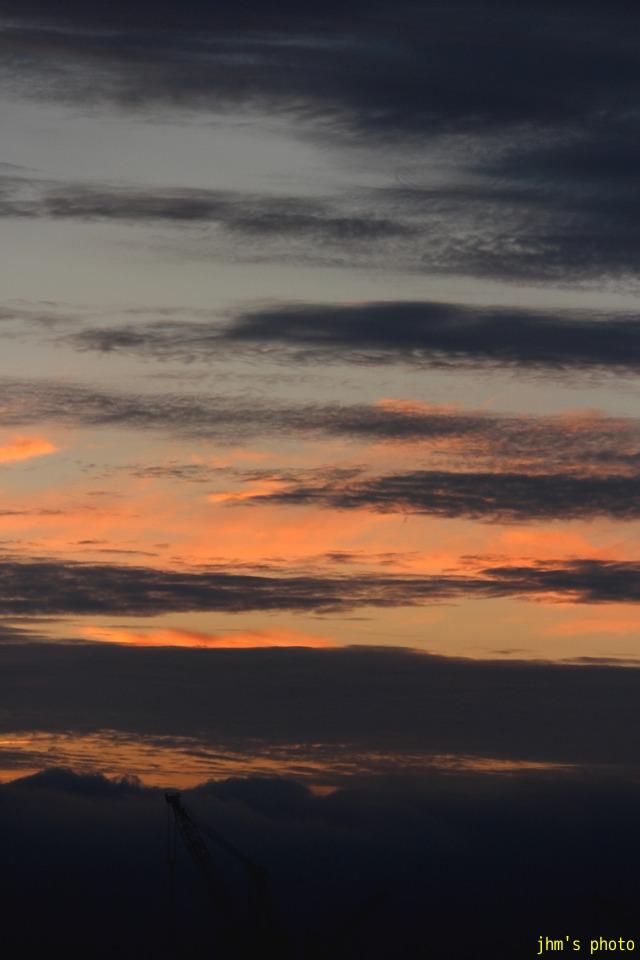 空を見上げる男(カモメは西へ)_a0158797_120244.jpg