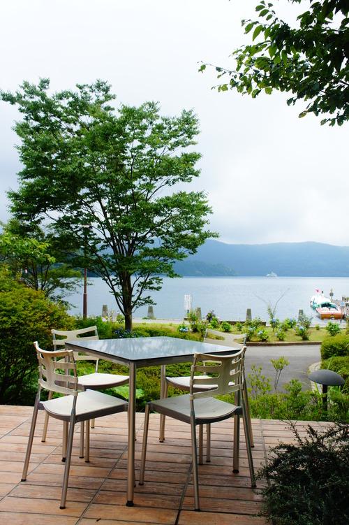 芦ノ湖畔でテラスランチ_f0215714_1624318.jpg