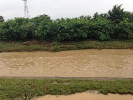 ゲリラ豪雨による水害復旧工事_f0259324_17405162.jpg