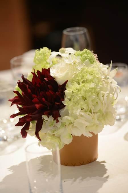 花冠の花嫁様 とある会場様へ 大人テイストのムーミンのような世界観_a0042928_16561581.jpg