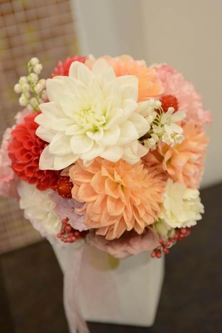 花冠の花嫁様 とある会場様へ 大人テイストのムーミンのような世界観_a0042928_1656256.jpg