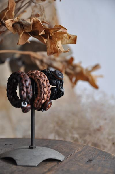 womb Leather Knit Hair Ornament_d0120442_12215274.jpg