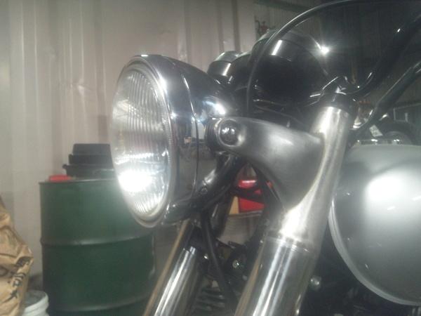 W650 ヘッドライトステー_a0139843_21594865.jpg