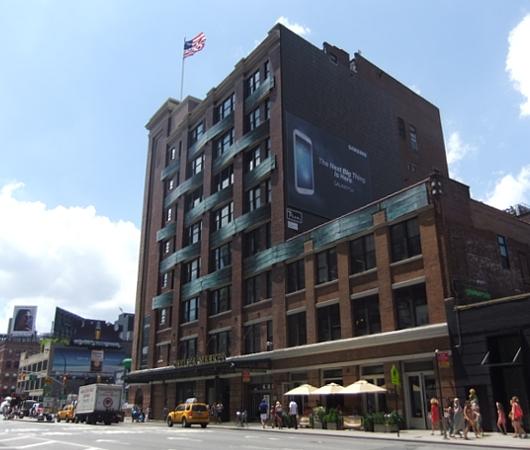NYのチェルシーマーケット、改築でバージョンアップ中_b0007805_222218100.jpg