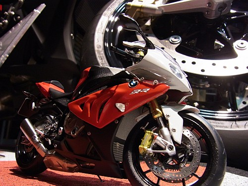 BMWは、なにかにつけて精巧・・・・。_e0254365_2124321.jpg