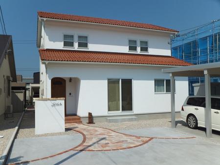 漆喰塗りのお家の定期訪問_c0101235_18191419.jpg