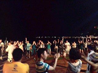 blog;8/10(土)仲田美穂コラソン・ラティーノ at 江ノ島ビーチ「笹岡亭」!_a0103940_1552443.jpg