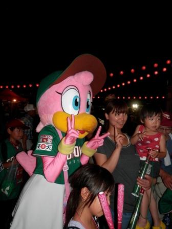 楽天スタジアムへ! 仙台七夕祭り!_e0140354_2235191.jpg