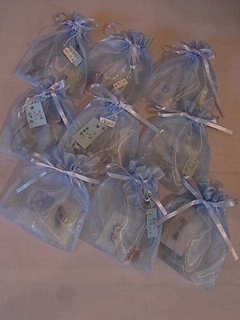 本日2回目の展示紹介、インコと鳥の雑貨展明日から_d0322493_8527100.jpg