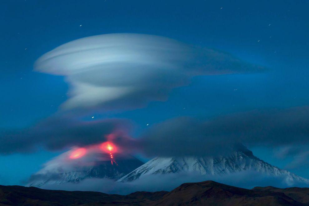 カムチャツカの火山群の画像 p1_30