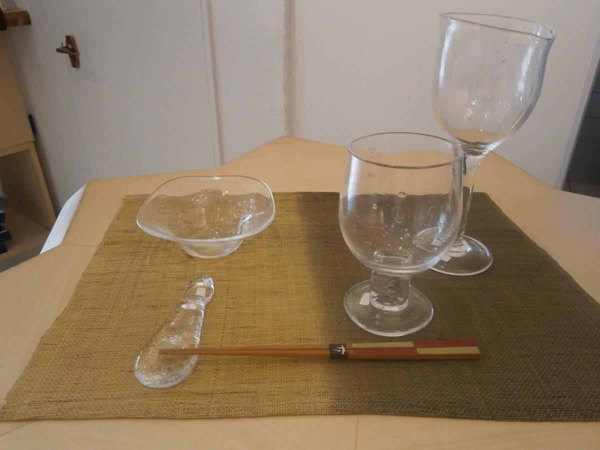 """アレンジメント:さらに吹き抜けます(食卓に)~みつる工芸""""織と染""""作品展から~_a0254818_105193.jpg"""