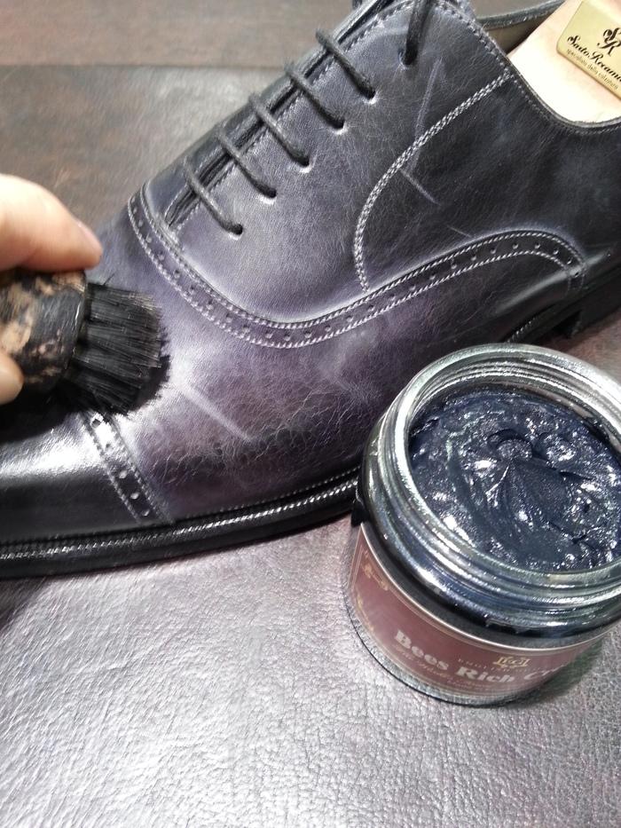 英国発。リッチな靴クリームが新登場。_b0226322_14252366.jpg