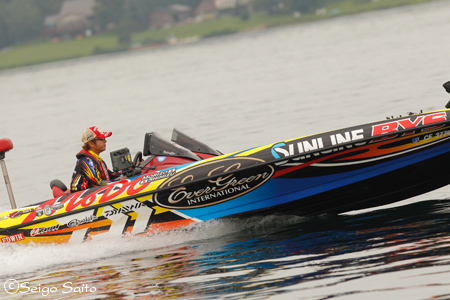 Bassmaster Elite Series #7 St. Lawrence River, NY  日2日目_a0097491_823872.jpg