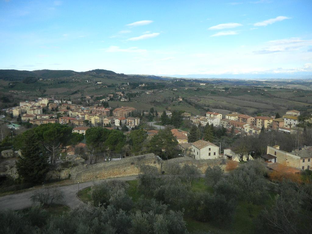 イタリア紀行  その3   フィレンツエ から サン・ ジミニャーノ_c0195496_9405953.jpg