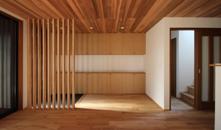「緑豊かな高台に建つ二世帯住宅」完成前のWEB内覧_f0170331_1632344.jpg