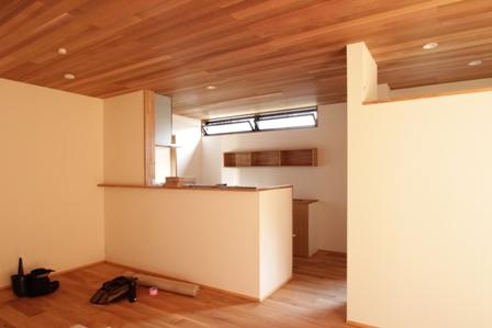「緑豊かな高台に建つ二世帯住宅」完成前のWEB内覧_f0170331_165575.jpg