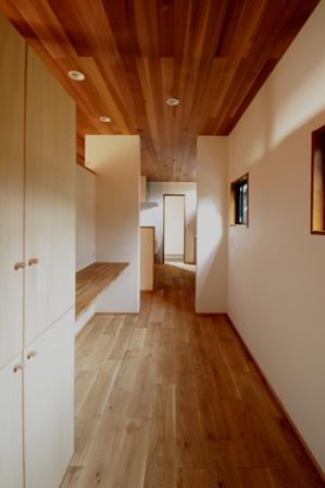 「緑豊かな高台に建つ二世帯住宅」完成前のWEB内覧_f0170331_1661591.jpg