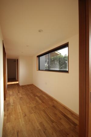 「緑豊かな高台に建つ二世帯住宅」完成前のWEB内覧_f0170331_1681981.jpg