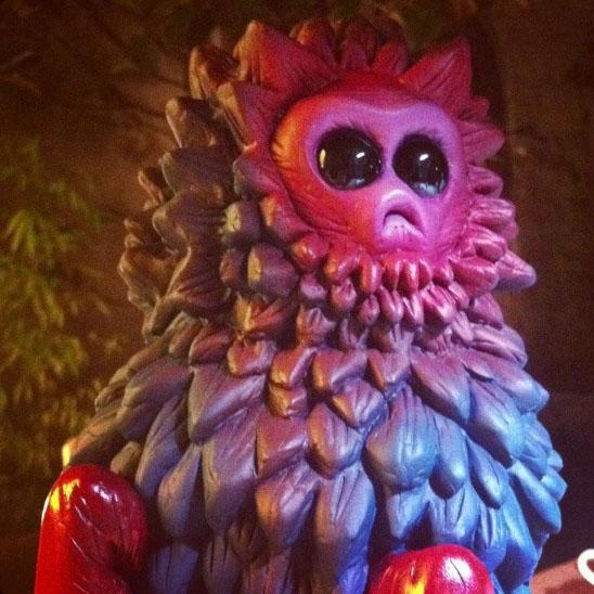 Monsters & Misfits III、パリから届く怪物君_a0077842_2154251.jpg