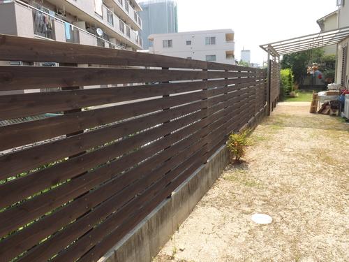 T様邸、ウッドデッキ、フェンスを施工しました_d0237564_1451024.jpg