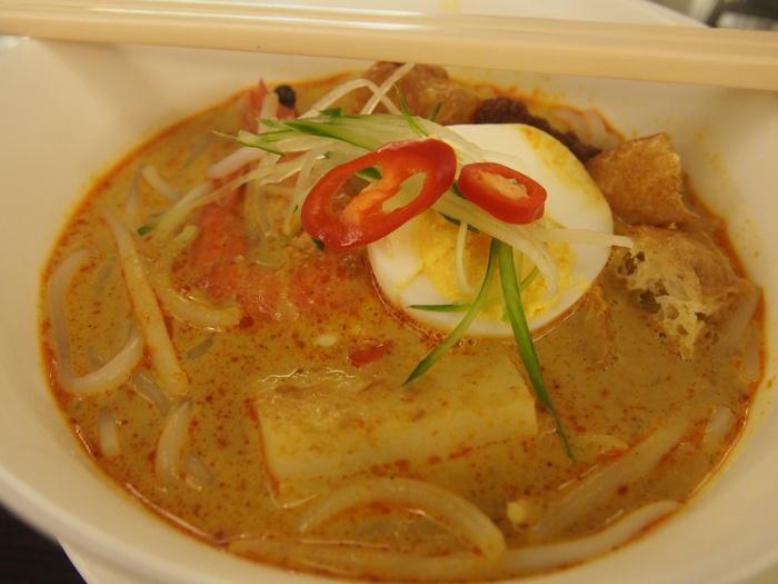 2013 7月 シンガポール(17) お初の味はビミョ〜 Centre Satay Bee Hoon_f0062122_3341669.jpg