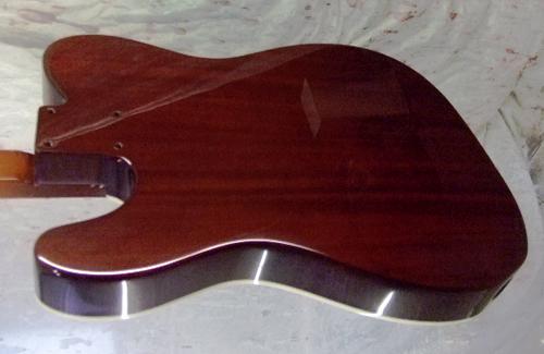 海老原さんオーダーの「Hollow T-Line Custom」を着色。_e0053731_17535011.jpg