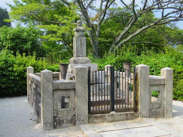 西山宮門跡『善峰寺』は日本一の松(天然記念物)_e0237645_9101126.jpg