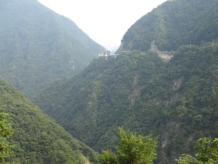 祖谷渓から見ノ越へ_e0201281_22302325.jpg