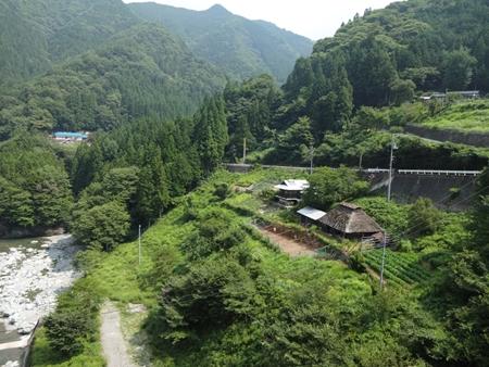 祖谷渓から見ノ越へ_e0201281_22344181.jpg