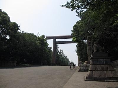 初めての靖国神社_f0068501_16133036.jpg