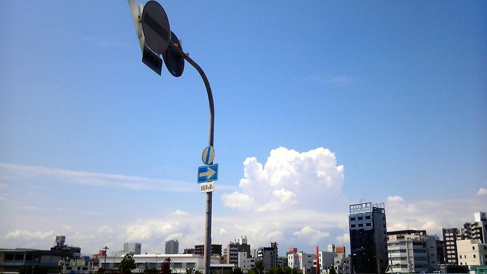 積乱雲と黒猫_f0235201_11122452.jpg