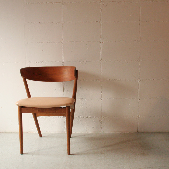 「Dinign Chair(Teak&Oak)」_c0211307_12565151.jpg