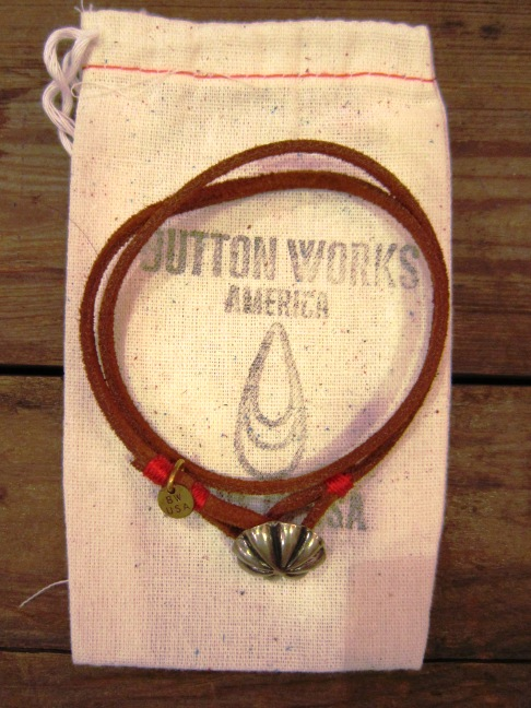 "BUTTON WORKS ""USA Concho Suede Bracelet\"" ご紹介_f0191324_956138.jpg"