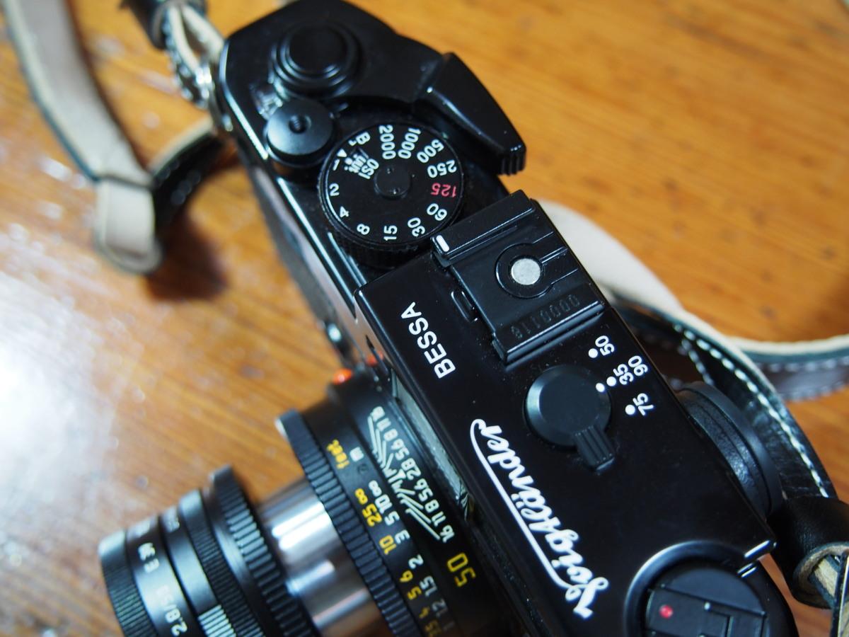 Voigtländer BESSA R2Mというカメラ_a0203733_1026367.jpg