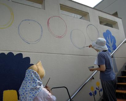 壁画を描こう!「3びきのかめ・1まんねんのぼうけん!」5.5_f0247351_8411961.jpg