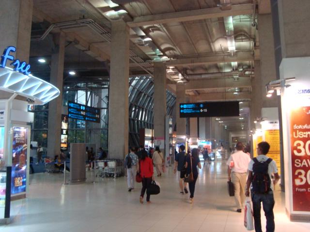 タイへ行く。① ~アツいぜ、バンコク!~_f0232060_14492348.jpg